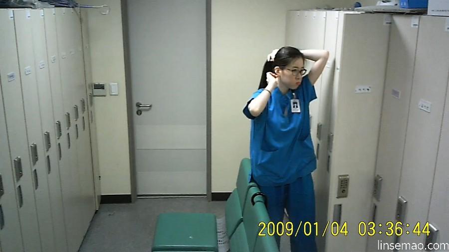 韩国医院女护士换衣间的隐藏摄像[5/8]