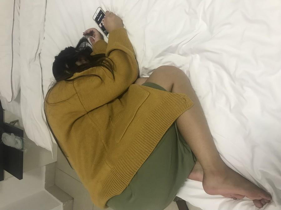 昏迷性爱: 内射19岁可爱的大奶女生