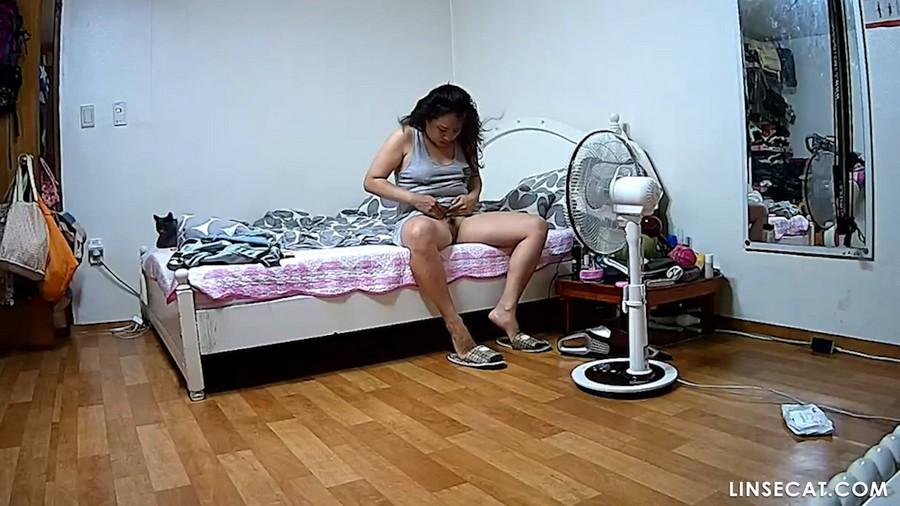 入侵(Hacking)家庭监控摄像头: 偷窥韩国女生自慰, 性高潮, 第二部分