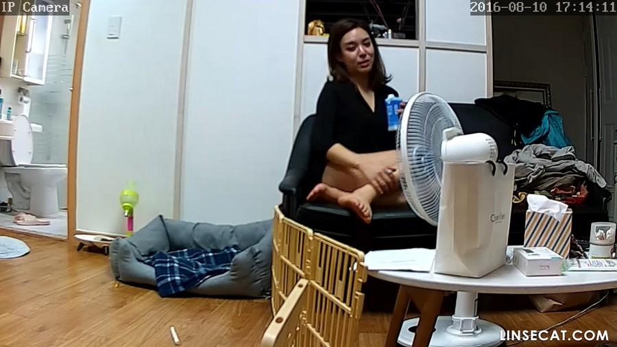 入侵(Hacking)家庭监控摄像头: 偷窥韩国女生的私密生活[1/3], 女性好友的裸体