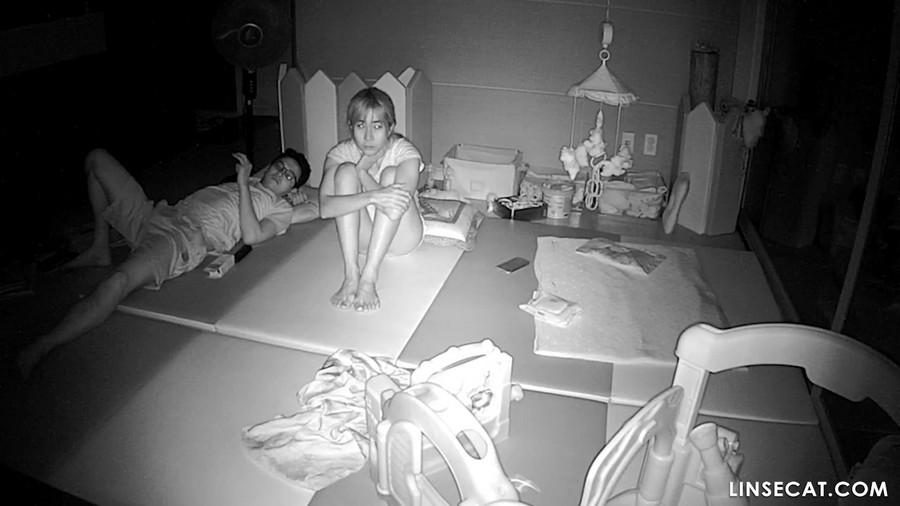 入侵(Hacking)家庭监控摄像头: 性爱呻吟声音非常大的韩国女人